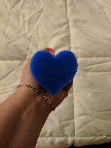 Heart shaped base, viewed head-on