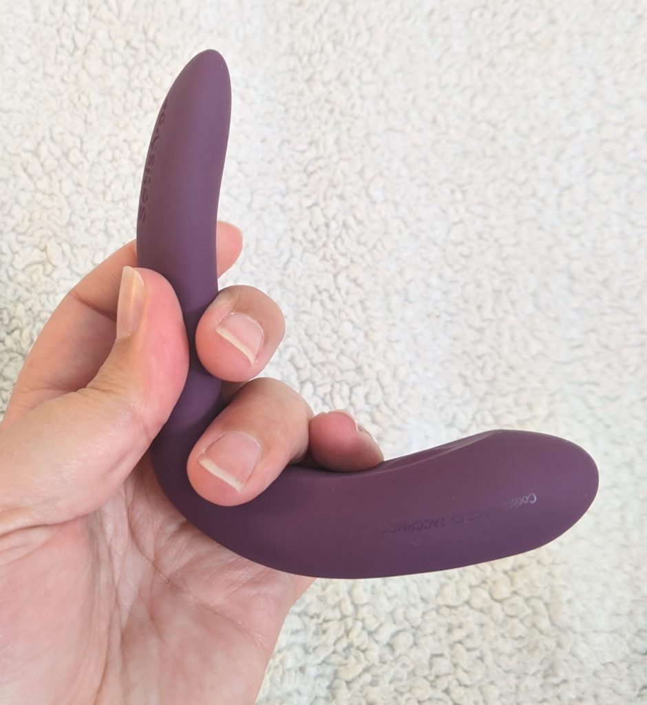 Satisfyer double joy bent to a 90 degree angle